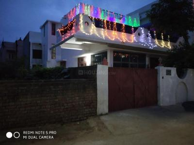 Gallery Cover Image of 800 Sq.ft 1 BHK Villa for rent in AG Colony for 10000