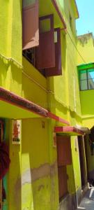 Gallery Cover Image of 2200 Sq.ft 6 BHK Independent House for buy in Baguiati for 3900000