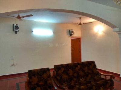 Gallery Cover Image of 2300 Sq.ft 2 BHK Apartment for buy in Velachery for 9000000