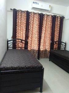 Bedroom Image of Balaji Paying Guest in Vikhroli West