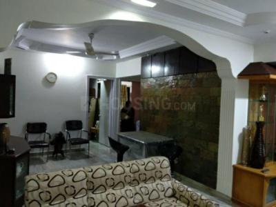 Gallery Cover Image of 1150 Sq.ft 3 BHK Apartment for rent in Malad West for 45000
