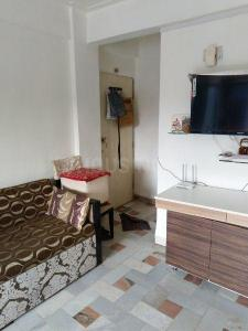 Gallery Cover Image of 330 Sq.ft 1 RK Apartment for buy in Bhayandar East for 2378000