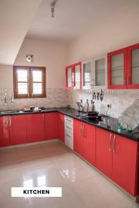 Gallery Cover Image of 1200 Sq.ft 3 BHK Independent House for rent in Chhattarpur for 25000