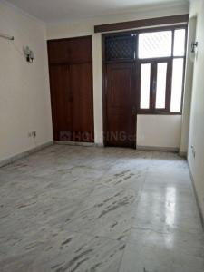 Gallery Cover Image of 1250 Sq.ft 2 BHK Apartment for rent in Mahagun Moderne, Sector 78 for 23000