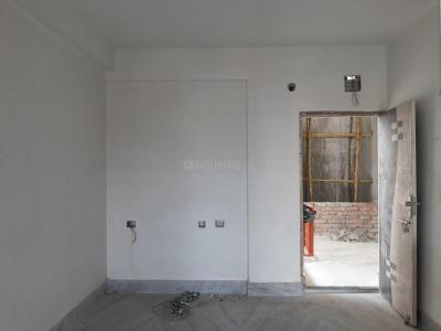 Gallery Cover Image of 1058 Sq.ft 3 BHK Apartment for rent in Keshtopur for 12000