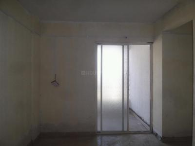 Gallery Cover Image of 675 Sq.ft 1.5 BHK Apartment for rent in Fursungi for 11000