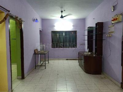 Gallery Cover Image of 1300 Sq.ft 3 BHK Apartment for rent in Kodambakkam for 18000