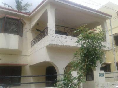 Gallery Cover Image of 2400 Sq.ft 4 BHK Independent House for buy in Valasaravakkam for 25000000
