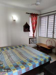 Gallery Cover Image of 1050 Sq.ft 2 BHK Apartment for rent in DDA Flats Vasant Kunj, Vasant Kunj for 35000