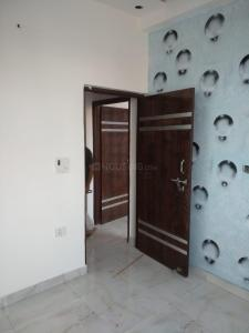 Gallery Cover Image of 500 Sq.ft 1 BHK Independent House for buy in Vishal DLF Paradise, DLF Ankur Vihar for 1085000