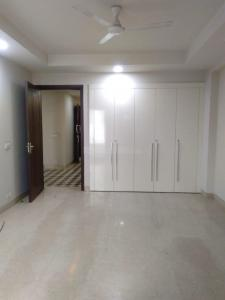 Gallery Cover Image of 3060 Sq.ft 3 BHK Independent Floor for buy in Chittaranjan Park for 37500000