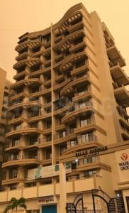 Gallery Cover Image of 3000 Sq.ft 2 BHK Apartment for buy in Varsha Balaji Darshan, Ulwe for 9000000