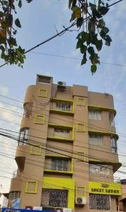 Gallery Cover Image of 1778 Sq.ft 3 BHK Apartment for buy in Behala for 9779000