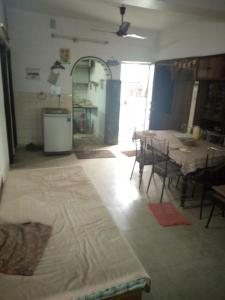 Gallery Cover Image of 1800 Sq.ft 3 BHK Independent Floor for buy in Shalimar Bagh for 20000000