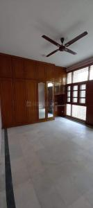Gallery Cover Image of 1800 Sq.ft 3 BHK Apartment for buy in CGHS Gurugram Apartment, Sector 56 for 12500000