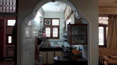 Gallery Cover Image of 1300 Sq.ft 2 BHK Apartment for rent in Sector 23 Dwarka for 22000