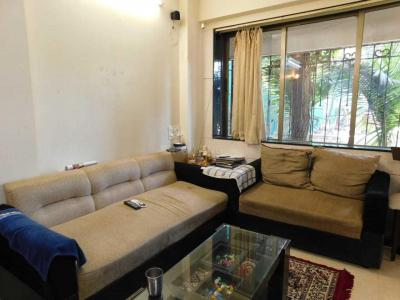 Gallery Cover Image of 750 Sq.ft 2 BHK Apartment for buy in Worli for 25000000