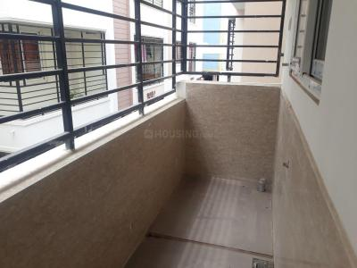 Gallery Cover Image of 1025 Sq.ft 2 BHK Apartment for buy in Mugalivakkam for 5595000