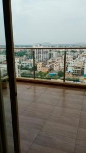 Gallery Cover Image of 2650 Sq.ft 4 BHK Apartment for rent in Kolte Patil Tuscan Estate Signature Meadows, Kharadi for 50000