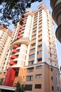 Gallery Cover Image of 1220 Sq.ft 2 BHK Apartment for buy in Chembur for 25000000