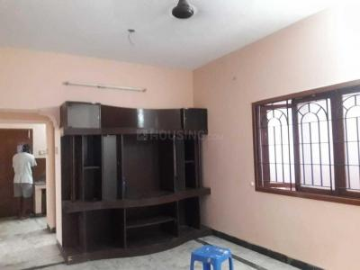 Gallery Cover Image of 1000 Sq.ft 2 BHK Independent Floor for rent in Velachery for 20000