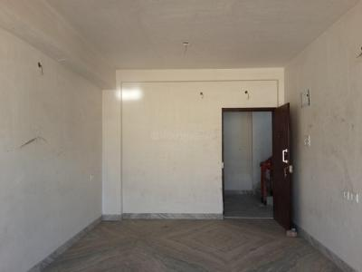 Gallery Cover Image of 950 Sq.ft 2 BHK Apartment for buy in Lake Gardens for 7000000