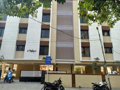 Gallery Cover Image of 4000 Sq.ft 1 BHK Apartment for rent in Tingre Nagar for 300000