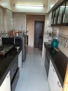 Kitchen Image of 680 Sq.ft 1 BHK Apartment for buy in Bhayandar East for 6800000