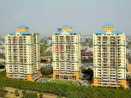 Gallery Cover Image of 2245 Sq.ft 4 BHK Apartment for rent in DLF Belvedere Tower, DLF Phase 3 for 45000