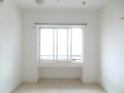 Gallery Cover Image of 840 Sq.ft 2 BHK Apartment for buy in Kings Heights - 1, Bhandup East for 12000000