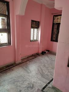 Gallery Cover Image of 540 Sq.ft 2 BHK Independent Floor for rent in Burari for 7500