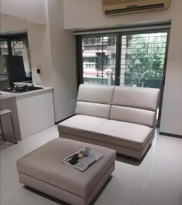 Living Room Image of 550 Sq.ft 1 BHK Apartment for rent in Sion for 45000