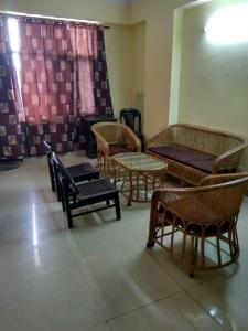Hall Image of Roomzrent PG Gzb001 in Ahinsa Khand