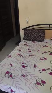 Bedroom Image of Zee Tulsi in Vile Parle West