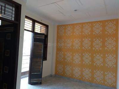 Gallery Cover Image of 480 Sq.ft 2 BHK Independent Floor for rent in Uttam Nagar for 8000