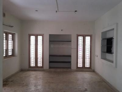 Gallery Cover Image of 1000 Sq.ft 2 BHK Independent House for rent in Valasaravakkam for 15000