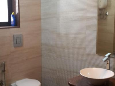 Gallery Cover Image of 700 Sq.ft 2 BHK Apartment for rent in Mumbai Central for 95000