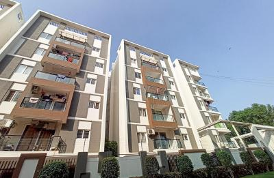 Gallery Cover Image of 1290 Sq.ft 3 BHK Apartment for rent in Narsingi for 30300