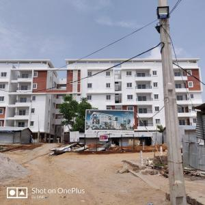 Gallery Cover Image of 1636 Sq.ft 3 BHK Apartment for buy in Narsingi for 8580000