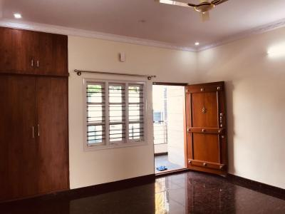 Gallery Cover Image of 1400 Sq.ft 3 BHK Apartment for rent in Vijayanagar for 32000