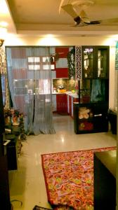 Gallery Cover Image of 1675 Sq.ft 3 BHK Apartment for rent in Sector 137 for 30000