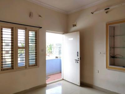 Gallery Cover Image of 450 Sq.ft 1 BHK Apartment for rent in Koramangala for 14000