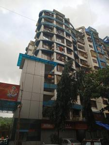 Gallery Cover Image of 610 Sq.ft 2 BHK Apartment for rent in Kandivali East for 33000