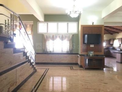 Gallery Cover Image of 4000 Sq.ft 2 BHK Apartment for rent in Hebbal Kempapura for 50000