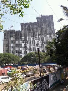 Gallery Cover Image of 855 Sq.ft 1.5 BHK Apartment for buy in Kanjurmarg West for 12500000