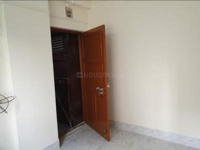Gallery Cover Image of 570 Sq.ft 1 BHK Apartment for rent in Goregaon East for 22000