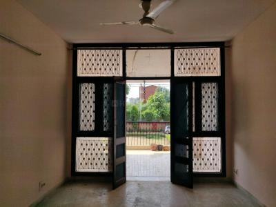 Gallery Cover Image of 2000 Sq.ft 3 BHK Apartment for buy in Sector 6 Dwarka for 15400000