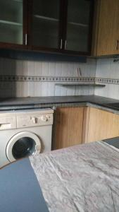 Gallery Cover Image of 780 Sq.ft 1 BHK Apartment for rent in Dadar West for 62000
