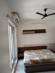 Gallery Cover Image of 1650 Sq.ft 3 BHK Apartment for rent in Dosti Imperia, Thane West for 50000