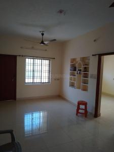 Gallery Cover Image of 1300 Sq.ft 3 BHK Apartment for rent in Selaiyur for 18000